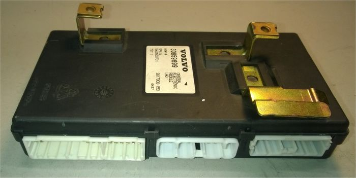 Volvo Cem also  moreover Maxresdefault additionally  furthermore S L. on volvo s40 central electronic module